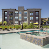 Poolside - Apartments in Broomfield