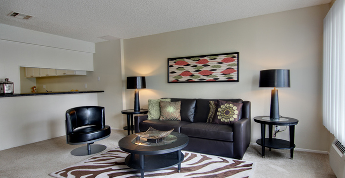 Photo slideshow: Villa Pacific Living Room