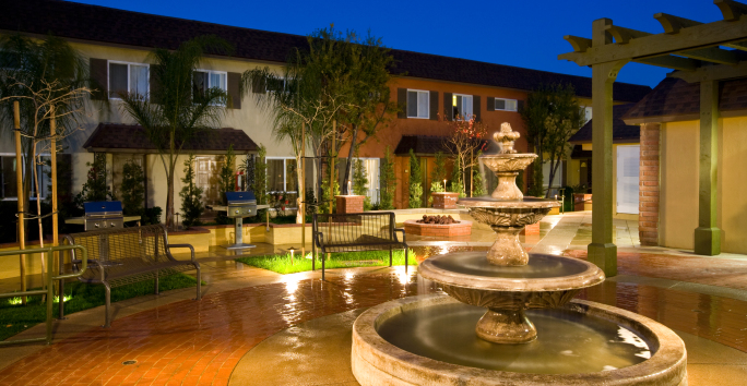 Photo slideshow: Tustin Parc Exterior Photo